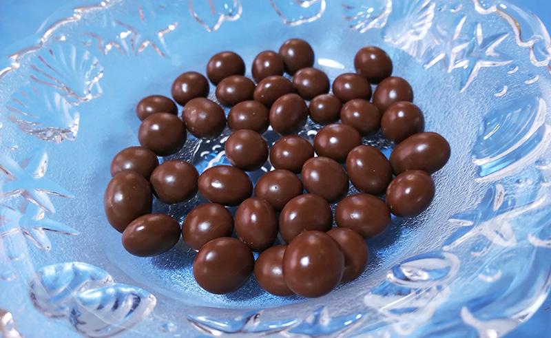 南蛮屋の煎りたて珈琲豆そのまんま贅沢チョコ