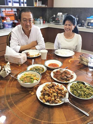 インドネシア マナドの郷土料理