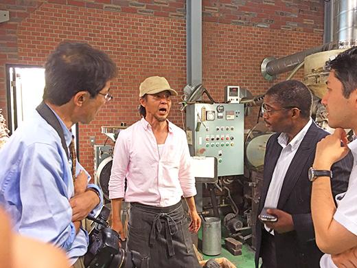 ガボン共和国からのお客様が南蛮屋焙煎工場に訪問